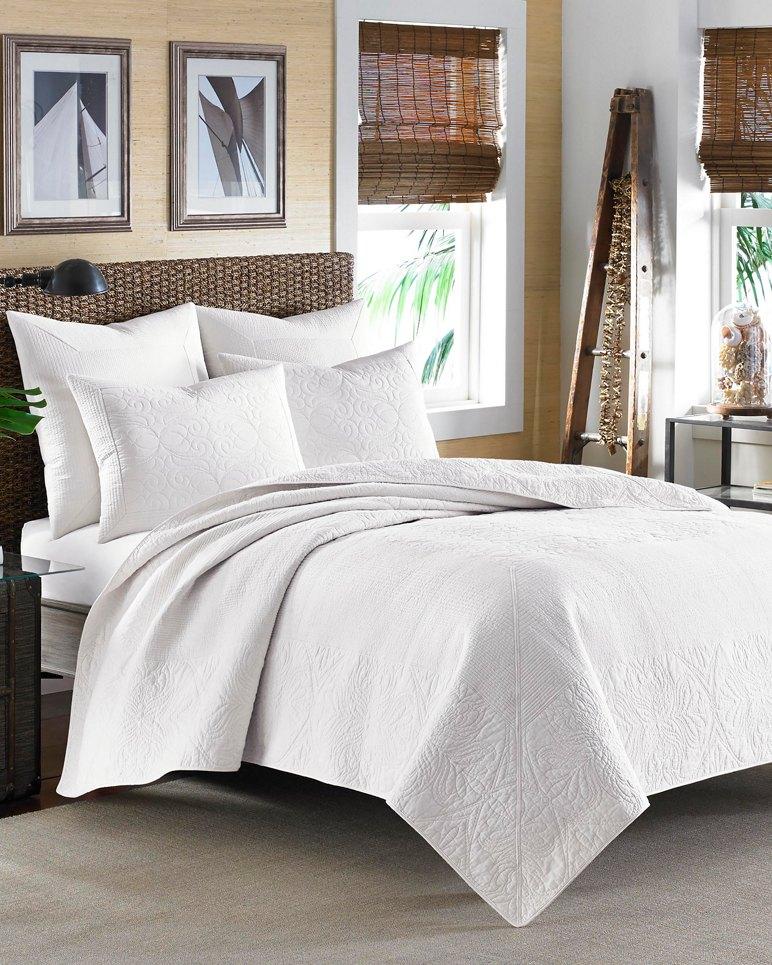 Main Image for Nassau White King Quilt