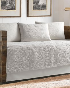 Nassau White Quilted Daybed Cover Set