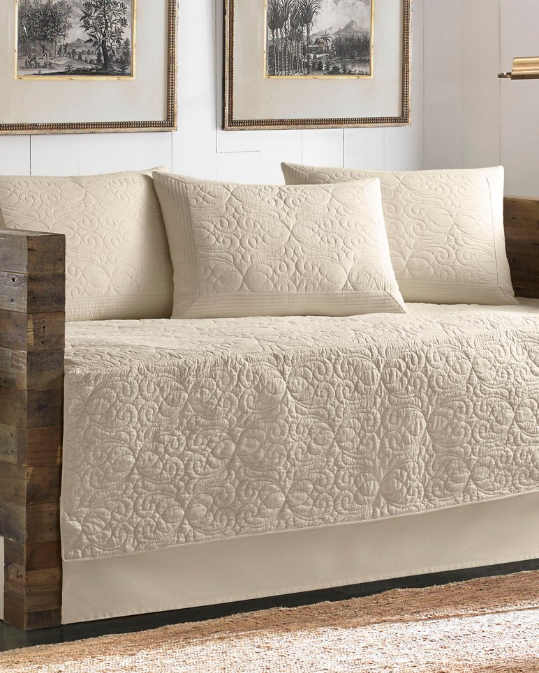 Main Image for Nassau Ivory Quilted Daybed Cover Set