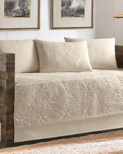 Nassau Ivory Quilted Daybed Cover Set