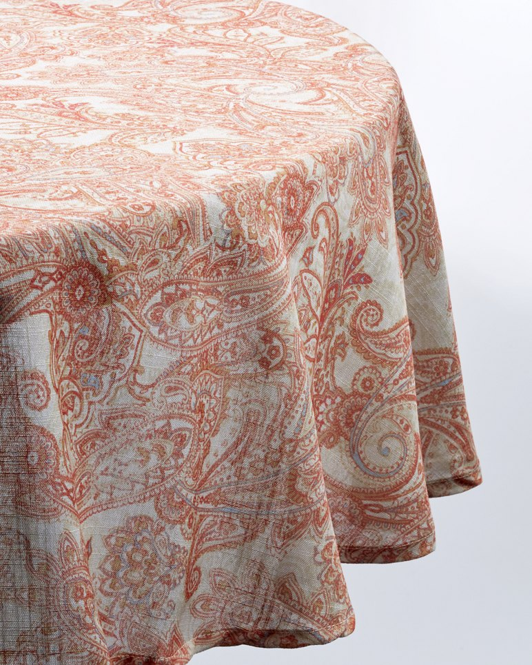 Paisley 70-inch Round Tablecloth | Tuggl