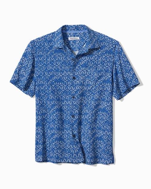 Big & Tall Barrier Batik IslandZone®Camp Shirt