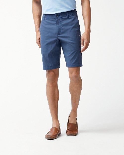 Big & Tall Pixel Player 10-Inch Shorts