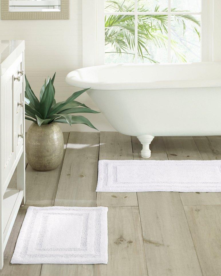 Main Image for White Isla Bath Rug Set of 2