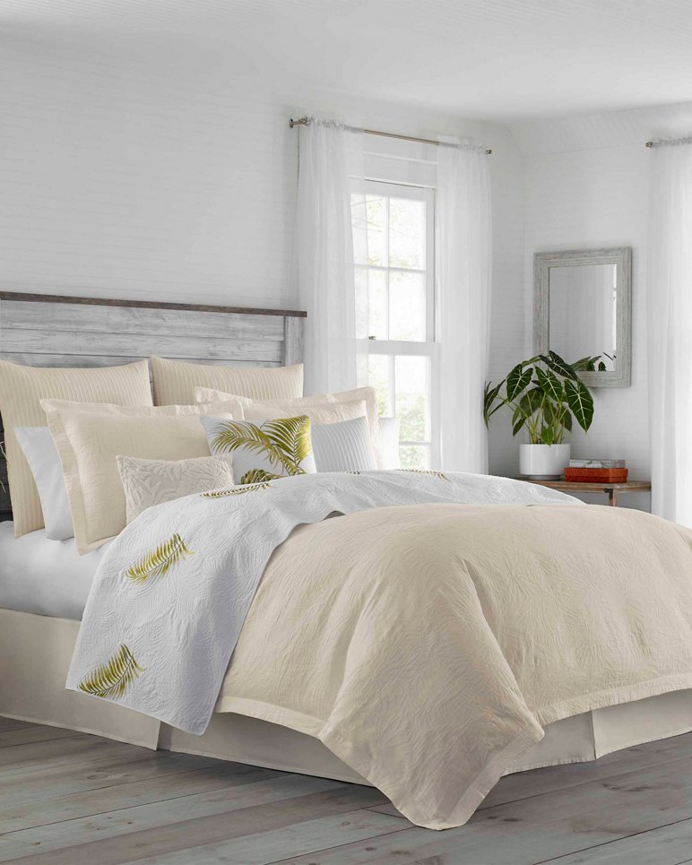Main Image for St. Armands Alabster Comforter Set, Queen