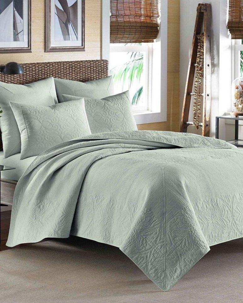 Main Image for Nassau Turquoise-Aqua Quilt, Full/Queen