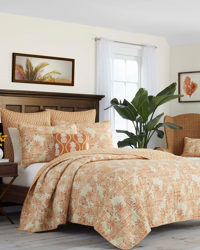 Main Image for Batik Pineapple Raw Sienna Twin Quilt