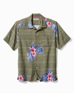 Blooms Adrift IslandZone® Camp Shirt