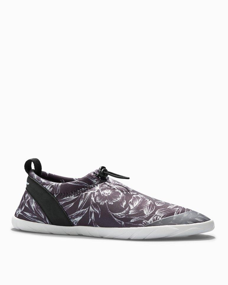 e8f42e2a8a950 Komomo Island Slip-On Water Sneakers