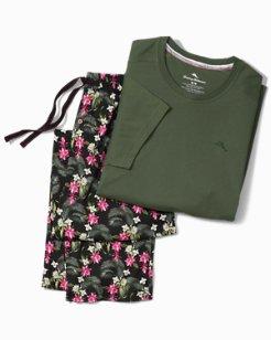 Holiday Floral Leaves Pajama Set