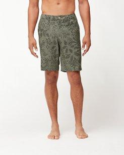 Cayman Camo Safari 9-Inch Hybrid Board Shorts