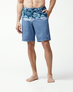 Cayman Waterline 9-Inch Hybrid Board Shorts