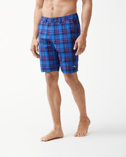 Cayman Primero Plaid 9-Inch Hybrid Board Shorts