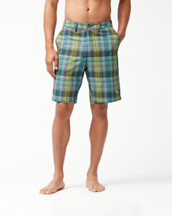 Cayman Prism Plaid 9-Inch Hybrid Board Shorts