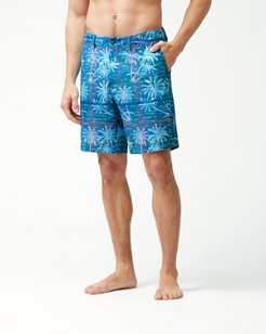 Cayman Palms Away Plaid 9-Inch Shorts