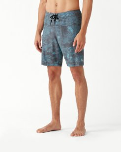 North Shore Marlin Bay IslandActive® 9-Inch Board Shorts
