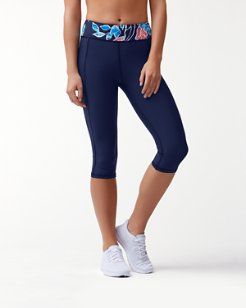 IslandActive® Graphic Tropics Reversible Capri Leggings